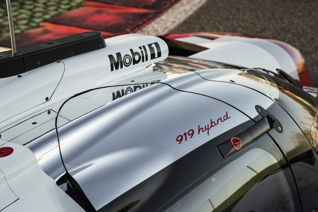 De nieuwe Porsche 919 Hybrid voor het 2017 FIA World Endurance Championship