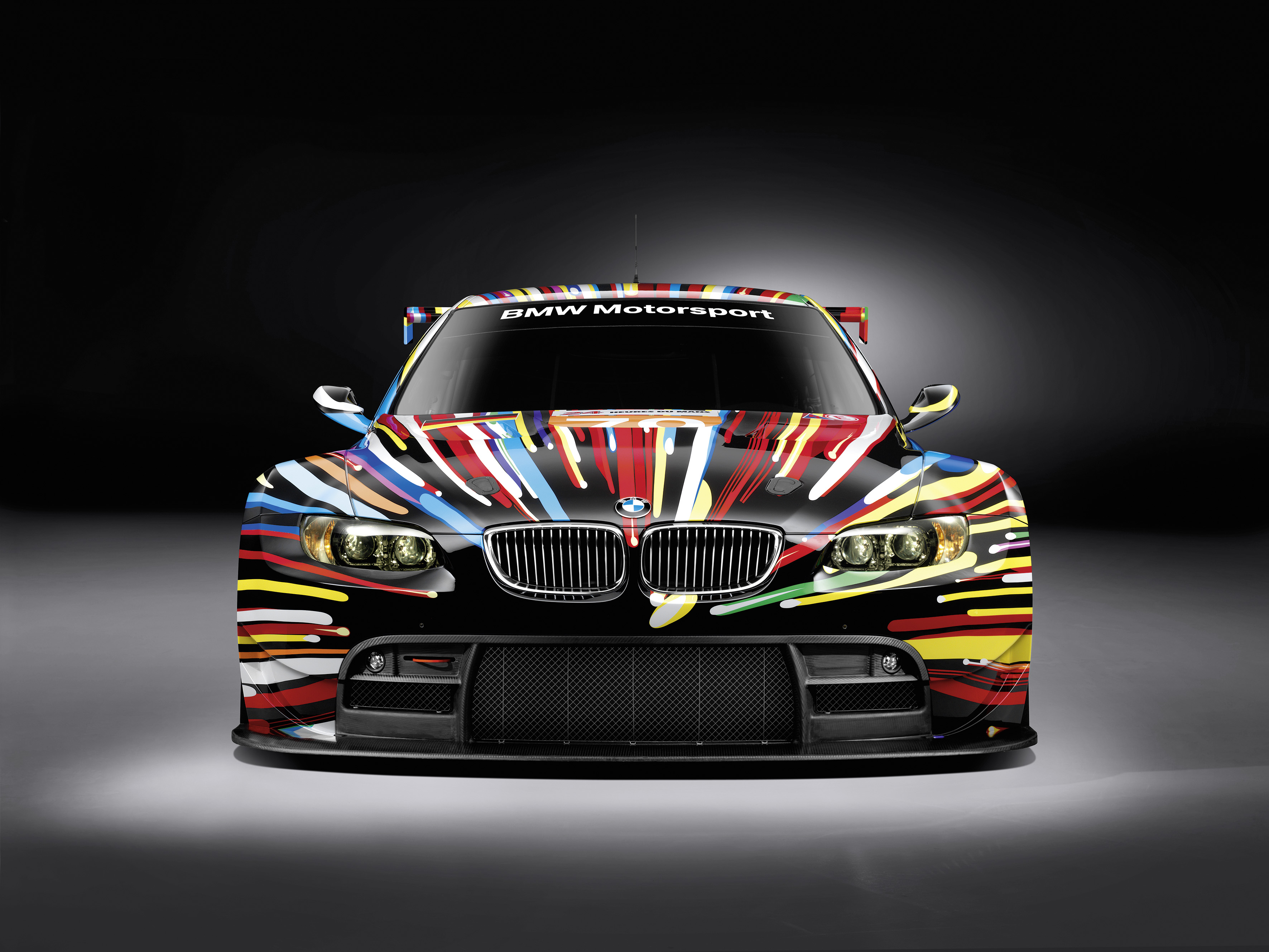 De BMW M3 Art Car, ontworpen door Jeff Koons, te bewonderen in Brussel.