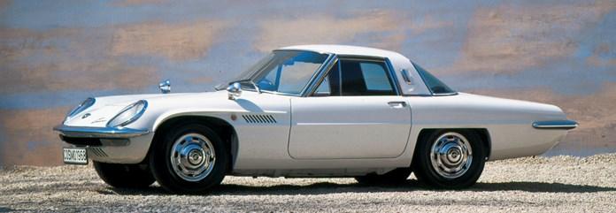 Mazda Cosmo met Wankelmotor bestaat 50 jaar