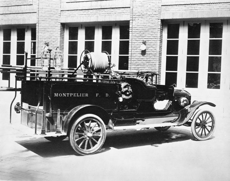 1919_ford_model_tt_one-ton_fire_truck_neg_99141