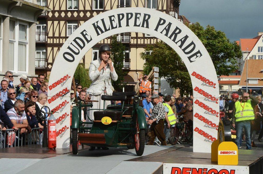 """""""De oude kleppers """" terug in De Haan . Wilfried Geerts"""