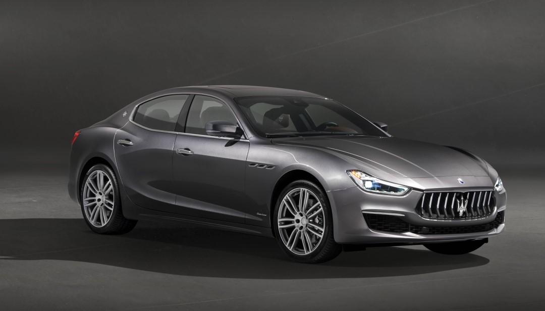 Maserati geeft eerste beelden Ghibli GranLusso vrij