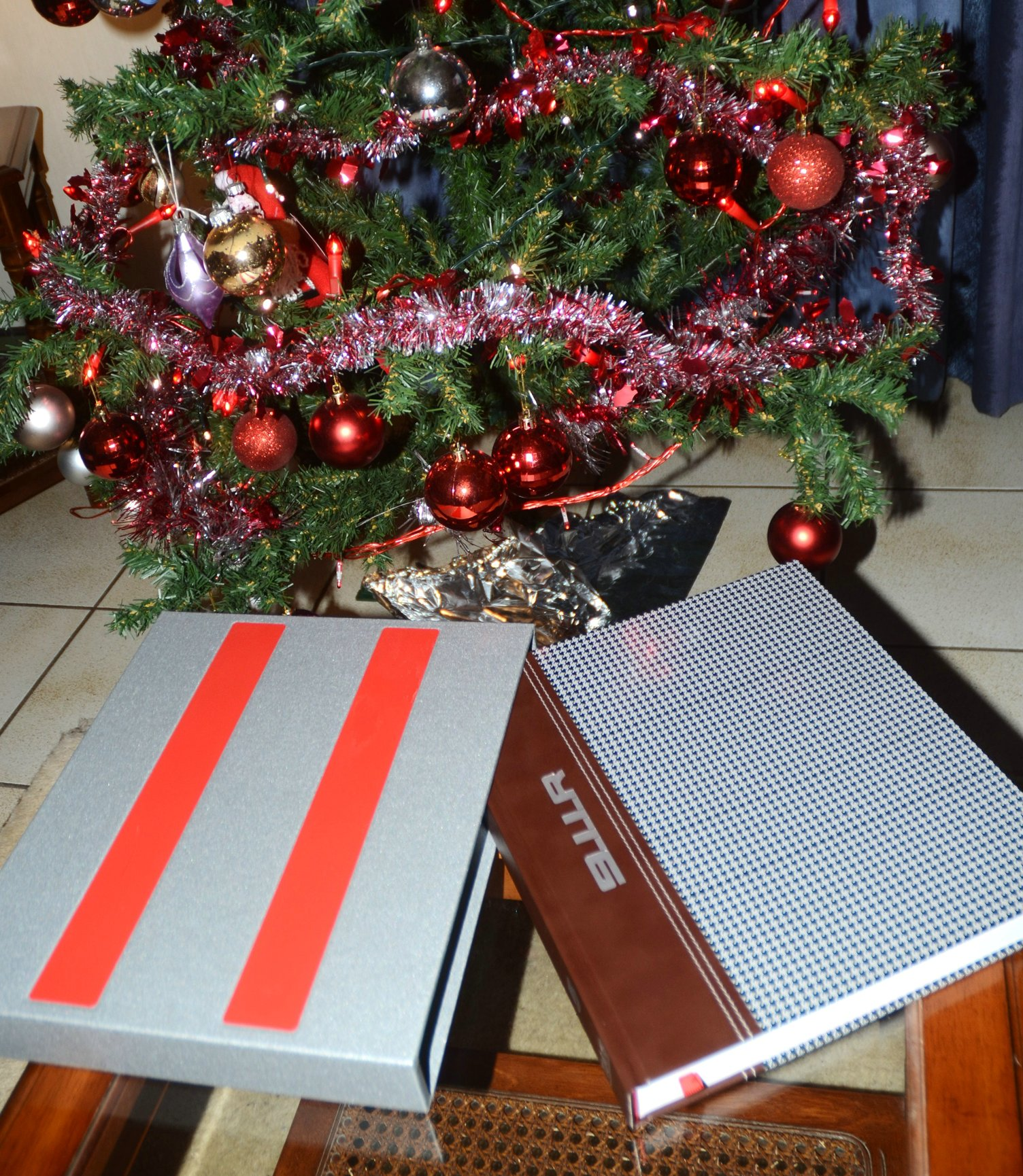 911 R , The Book , The ultimate Christmas present  ! (TAG Motorbooks)