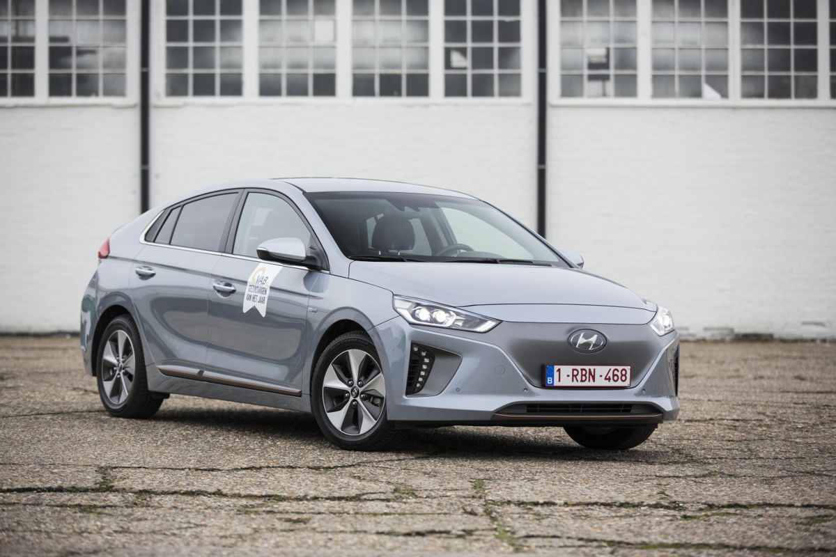 Hyundai Ioniq EV voor het 2e opeenvolgende jaar verkozen tot VAB-Gezinswagen van het Jaar