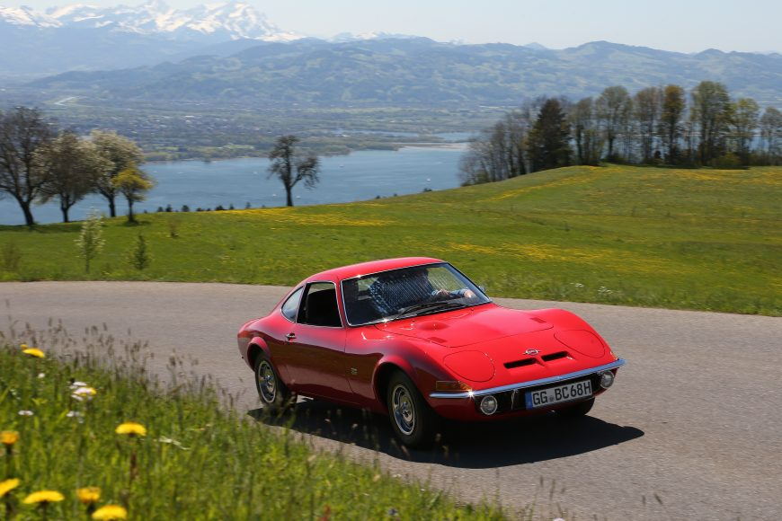 Style icon in action: The Opel GT can be admired during the Bodensee-Klassik in early May.