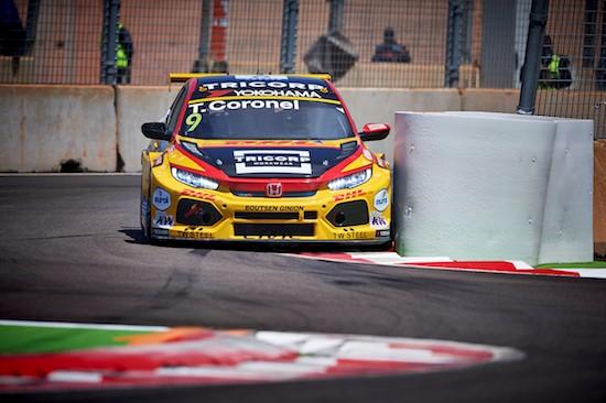 Boutsen Ginion Racing.