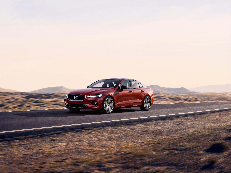 Volvo Cars lanceert nieuwe, sportieve S60-berline, de eerste Volvo gemaakt in de VS