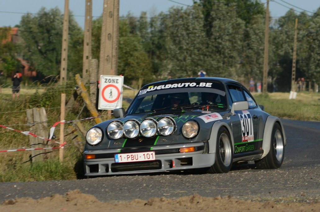 "Porsche in Ieper ""modern & Classic"" Wilfried Geerts."