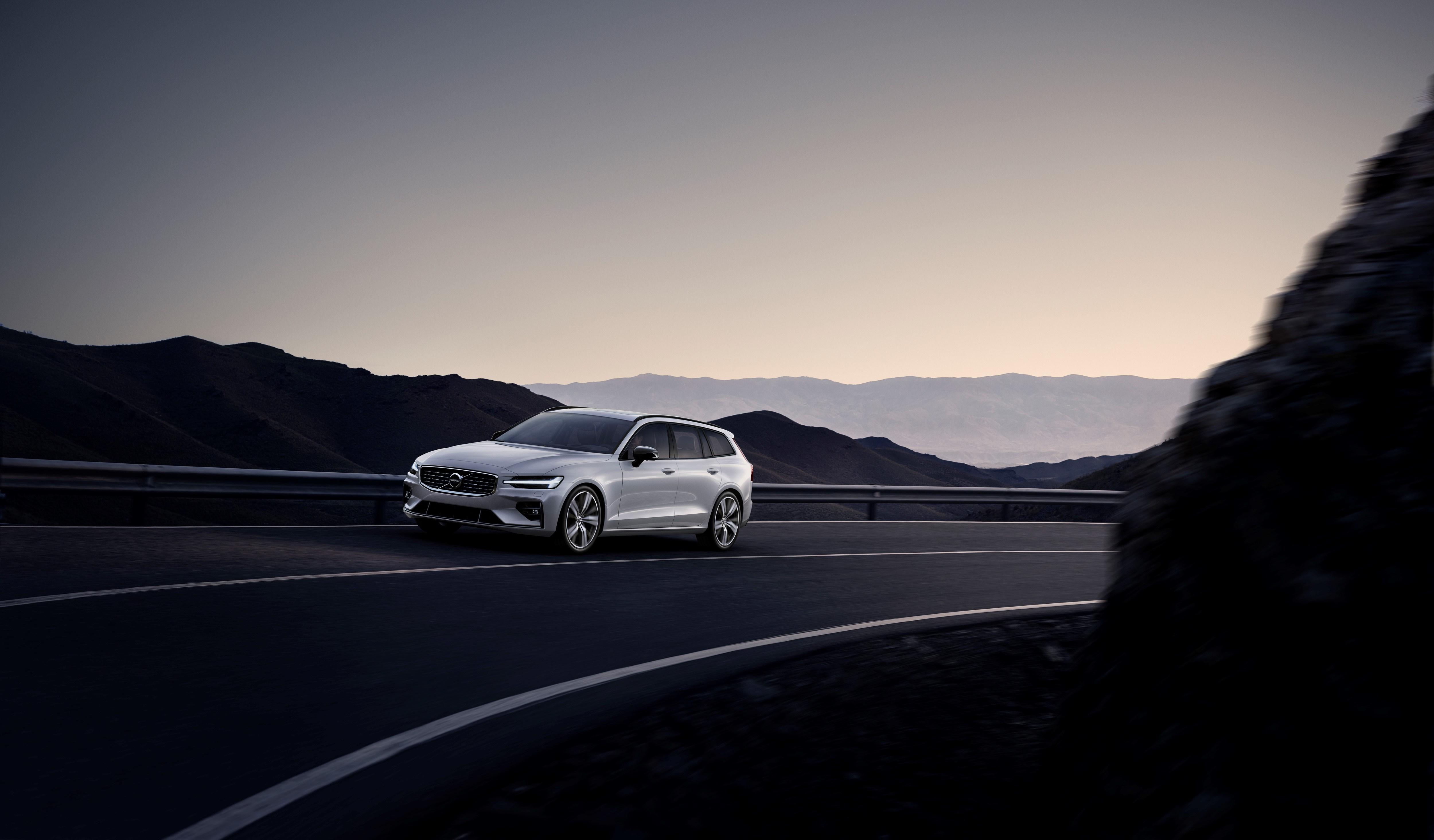 Nieuwe Volvo V60 verkrijgbaar op bestelling in R-Design-versie