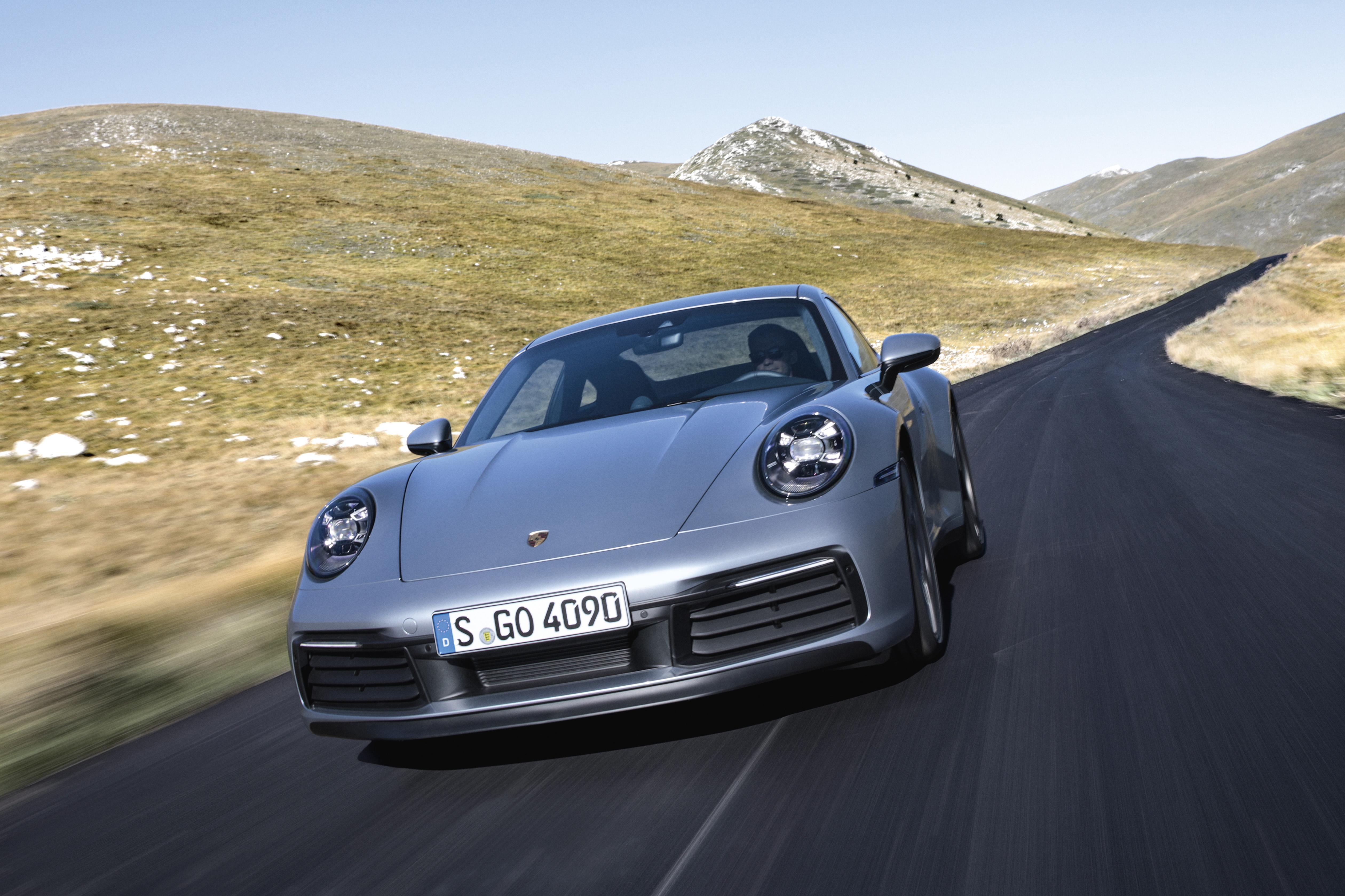 De nieuwe Porsche 911: krachtiger, sneller, digitaal