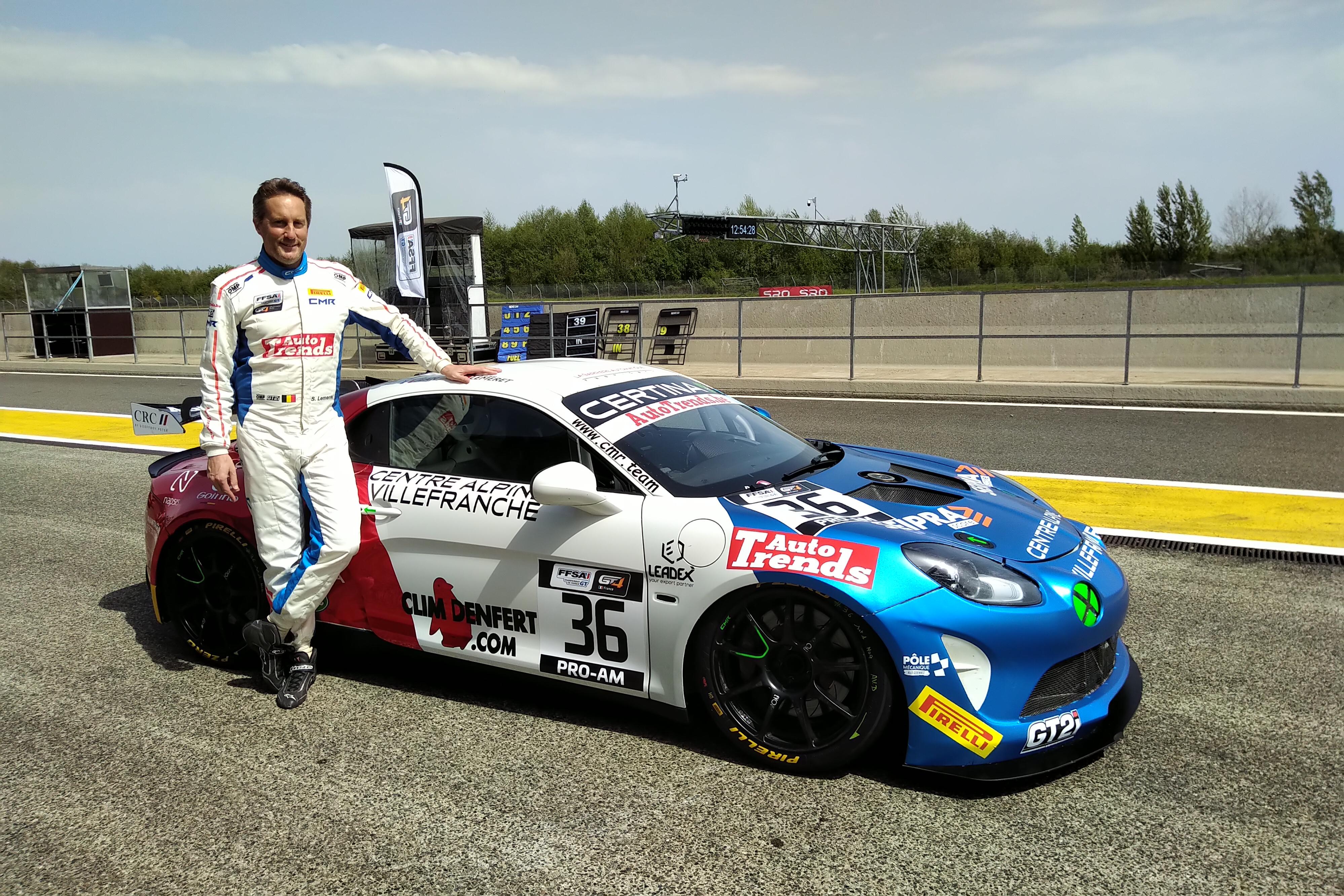 """Stéphane Lémeret in een Alpine GT4 met de """"Wereldkampioenen"""""""