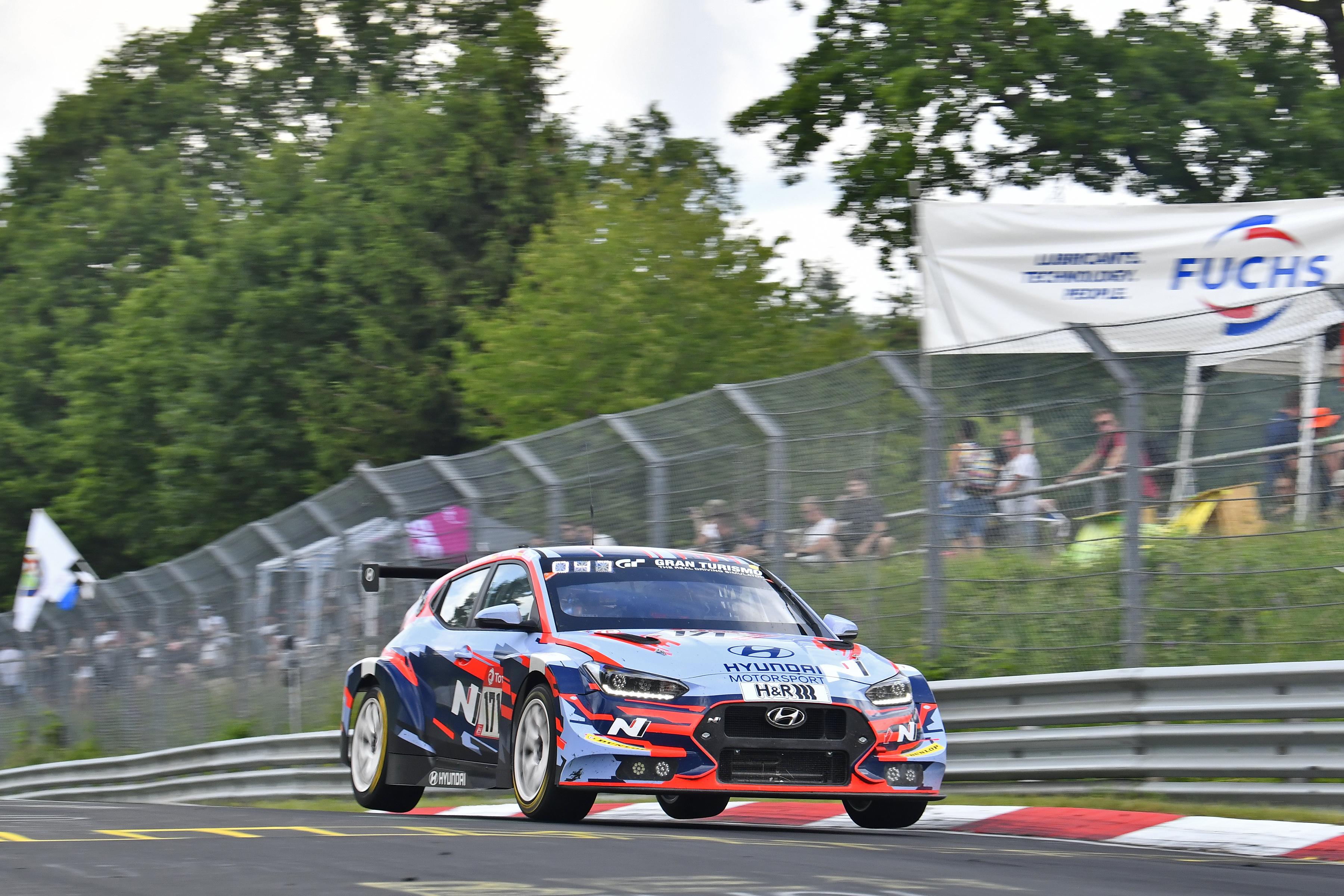 Een podium voor Verdonck en Hyundai Motorsport in de 24U van de Nürburgring