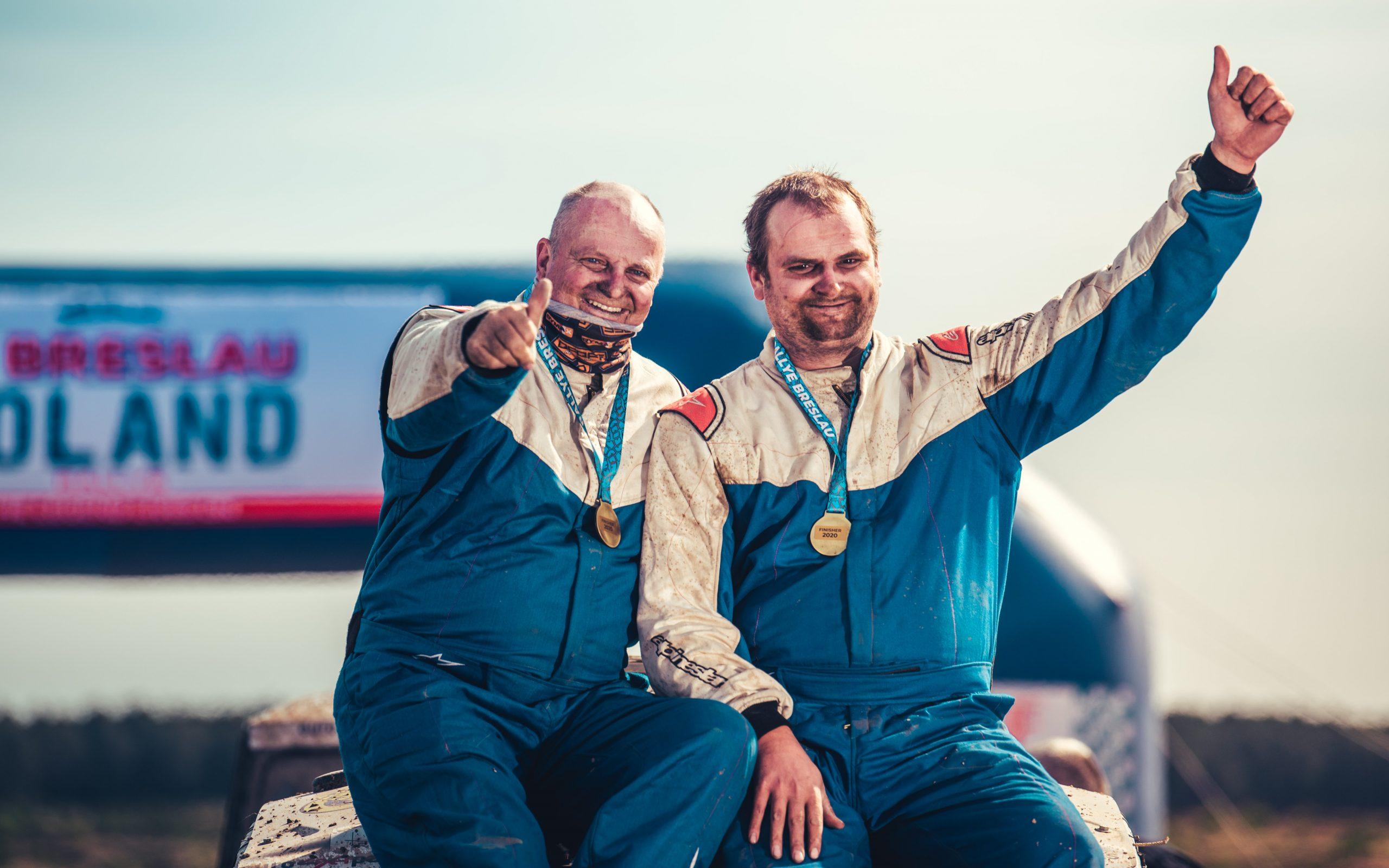"""Vader en zoon in de """"Breslau Polen Rally"""""""