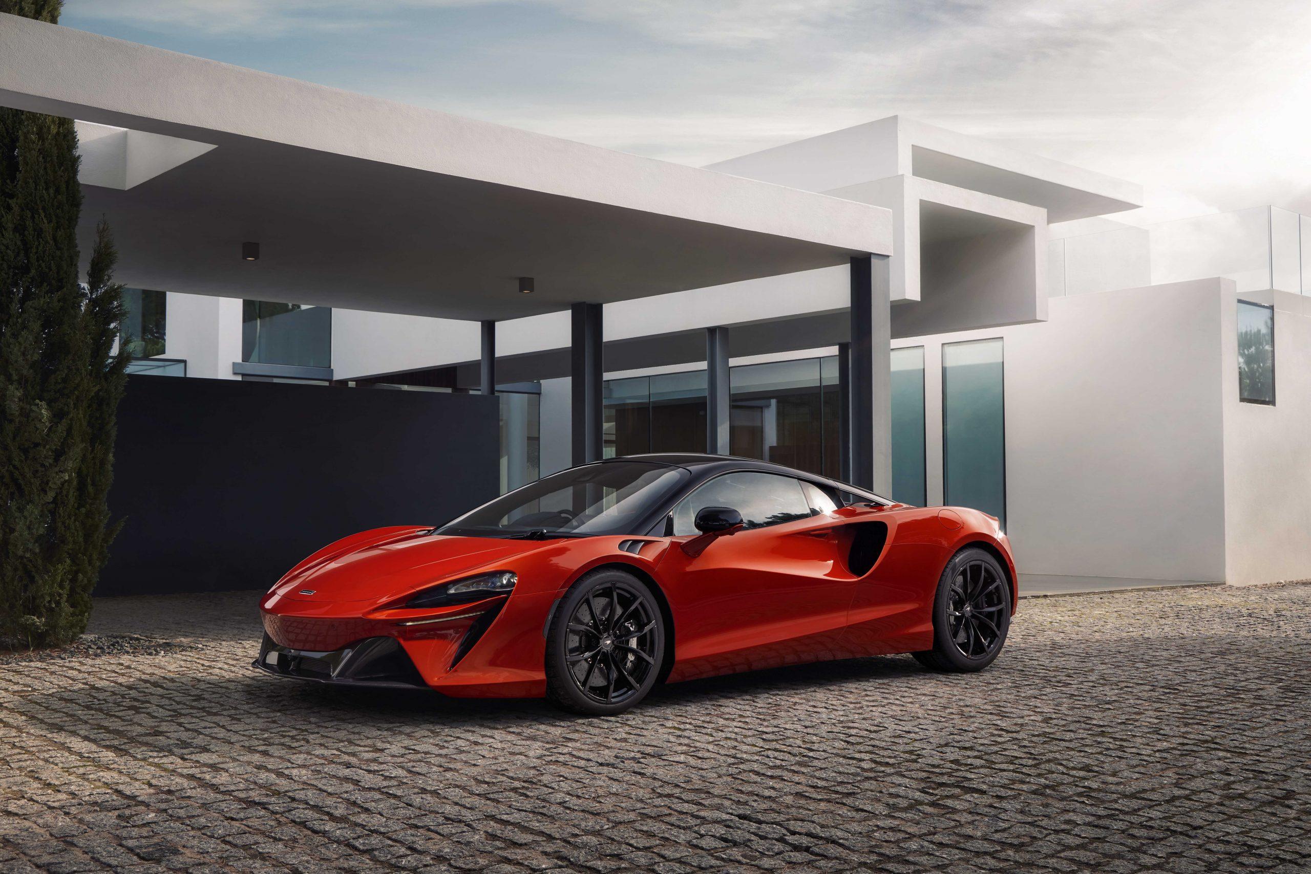 McLaren onthult de gloednieuwe, high-performance hybride supercar van de volgende generatie: de McLaren Artura