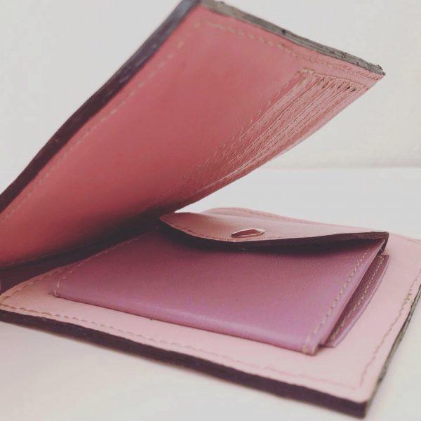 bæredygtig pung af upcycled læder