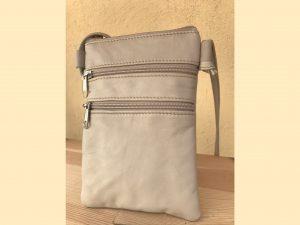 Bæredygtig taske af upcycled læder