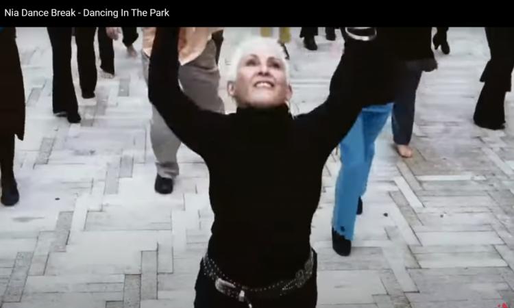 Nia flashmob