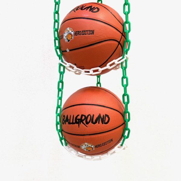 1 stk BallOnWall Hanger boldholder til 4 bolde - Grøn & Hvid