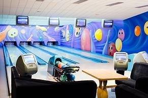 Amber-Baltic-Bowling