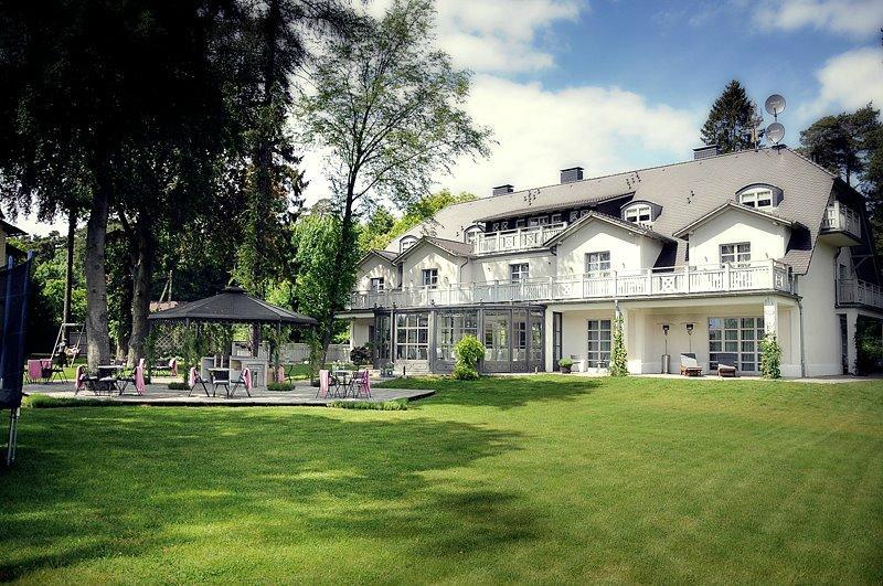 villa-park-wiselka