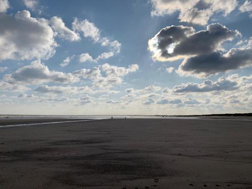 Fraisthorpe Beach Looking South
