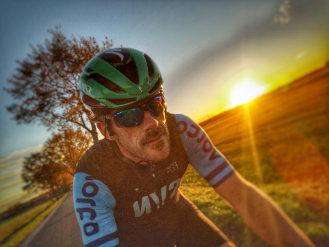 Mijn aftershokz Openmove review : tijdens het fietsen