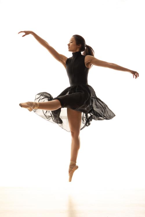 Danser May Linh