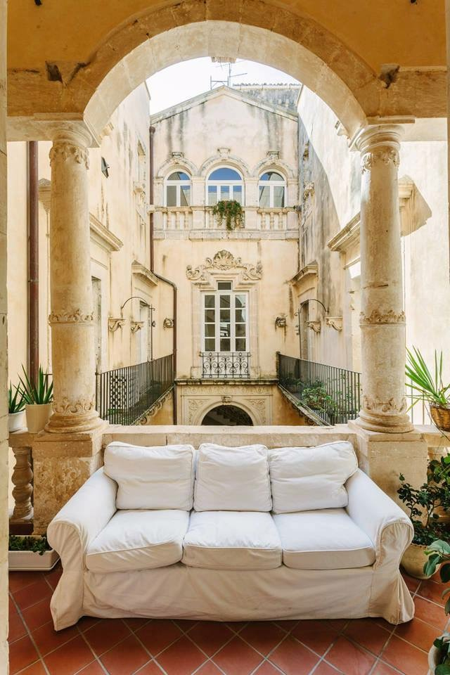 Luxury Apartment – Ortigia (x7)