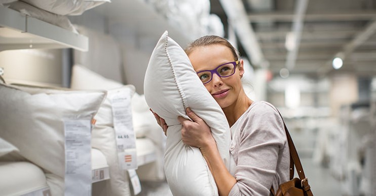 What to Look for Before Buying a Pillow