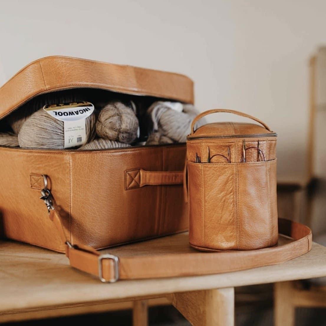 skind strik taske