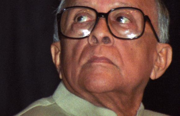 Tamasoma Jyotirgamaya- Jyotirma Tamasogamaya