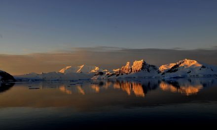 Extraterrestial particles found in eastern Antarctica