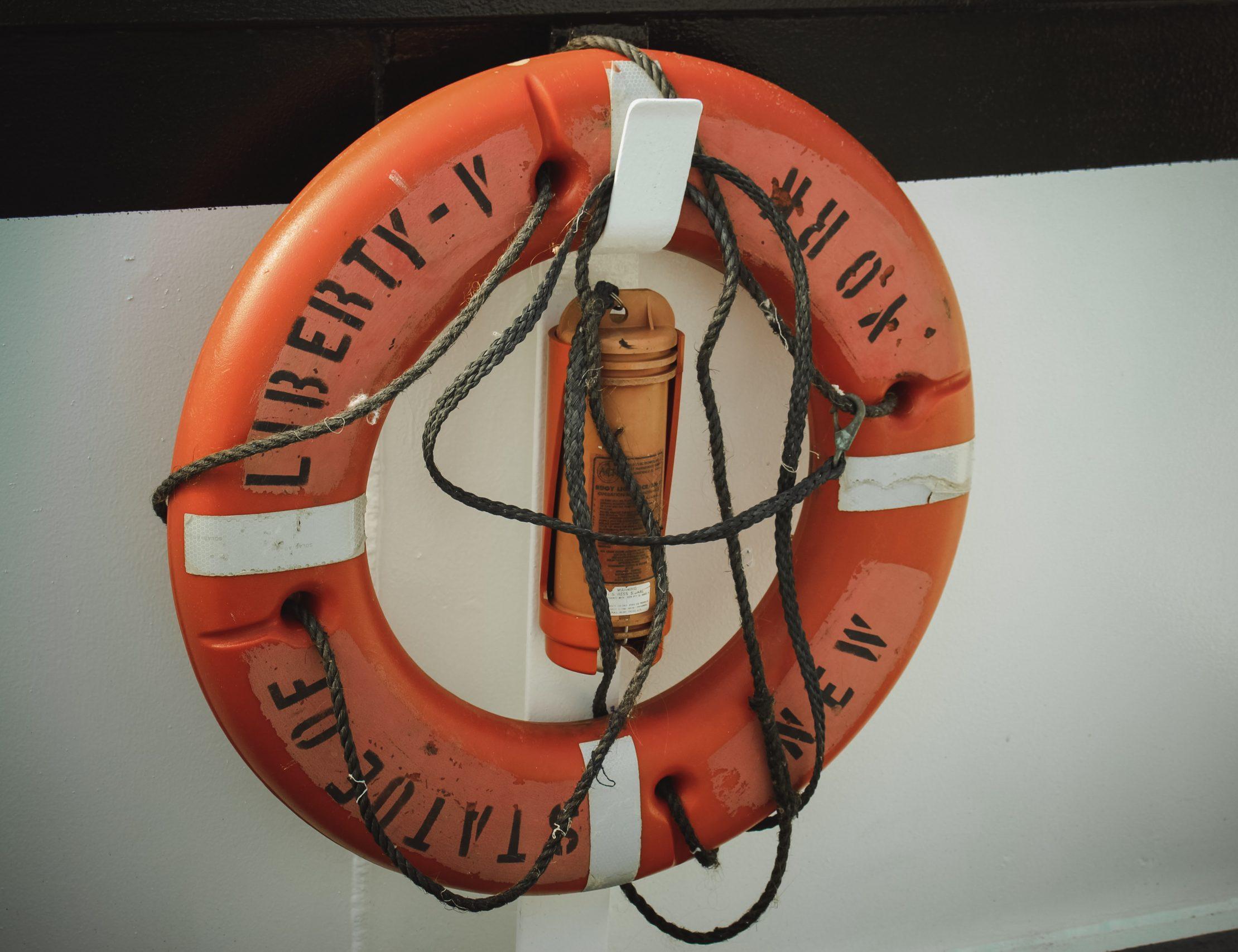 HOPPSAN I EKONOMIN: Rädd för räddningspaket