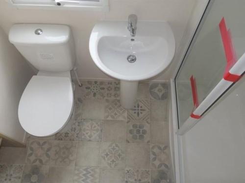 ABIHarlech_Bathroom_500px