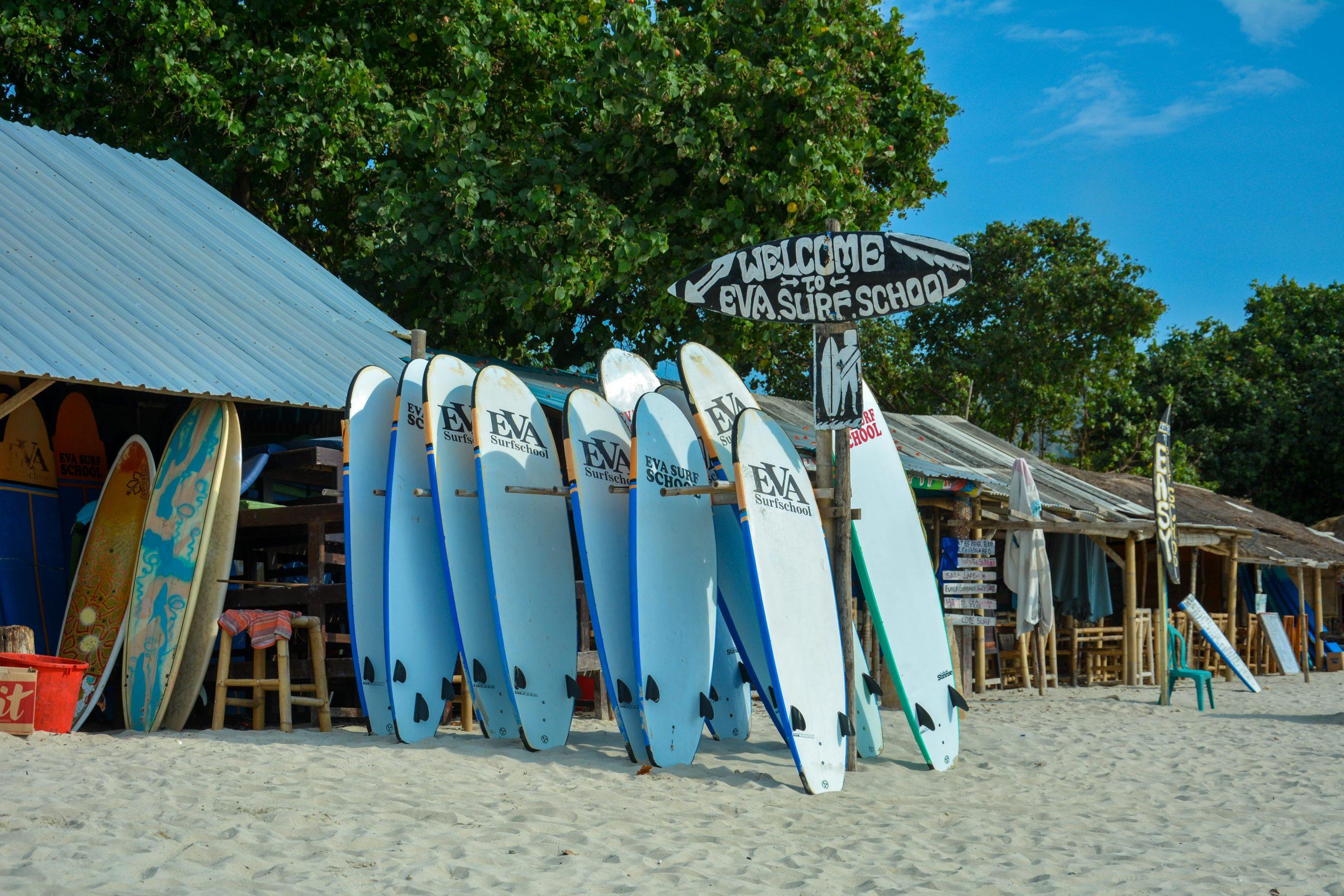 surfboard hire in Lombok