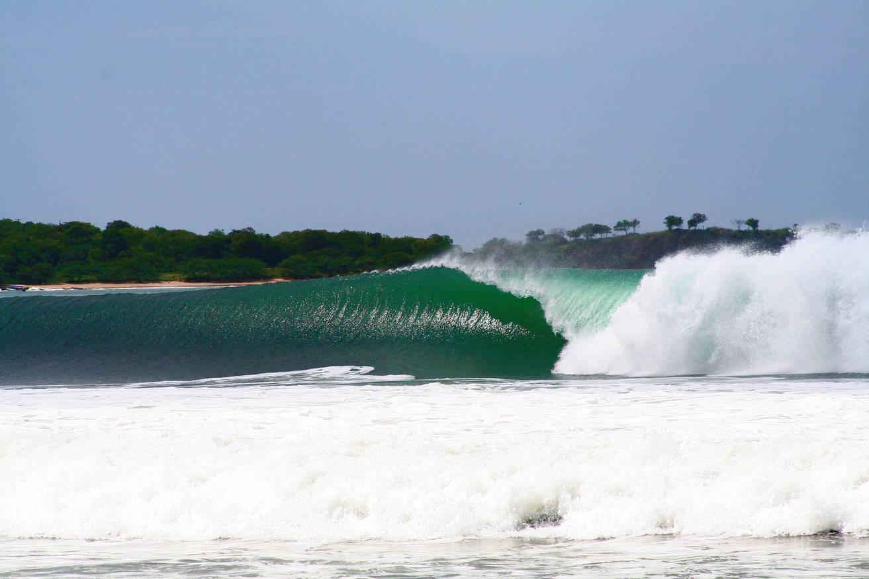 Astillero Beach Break Nicaragua