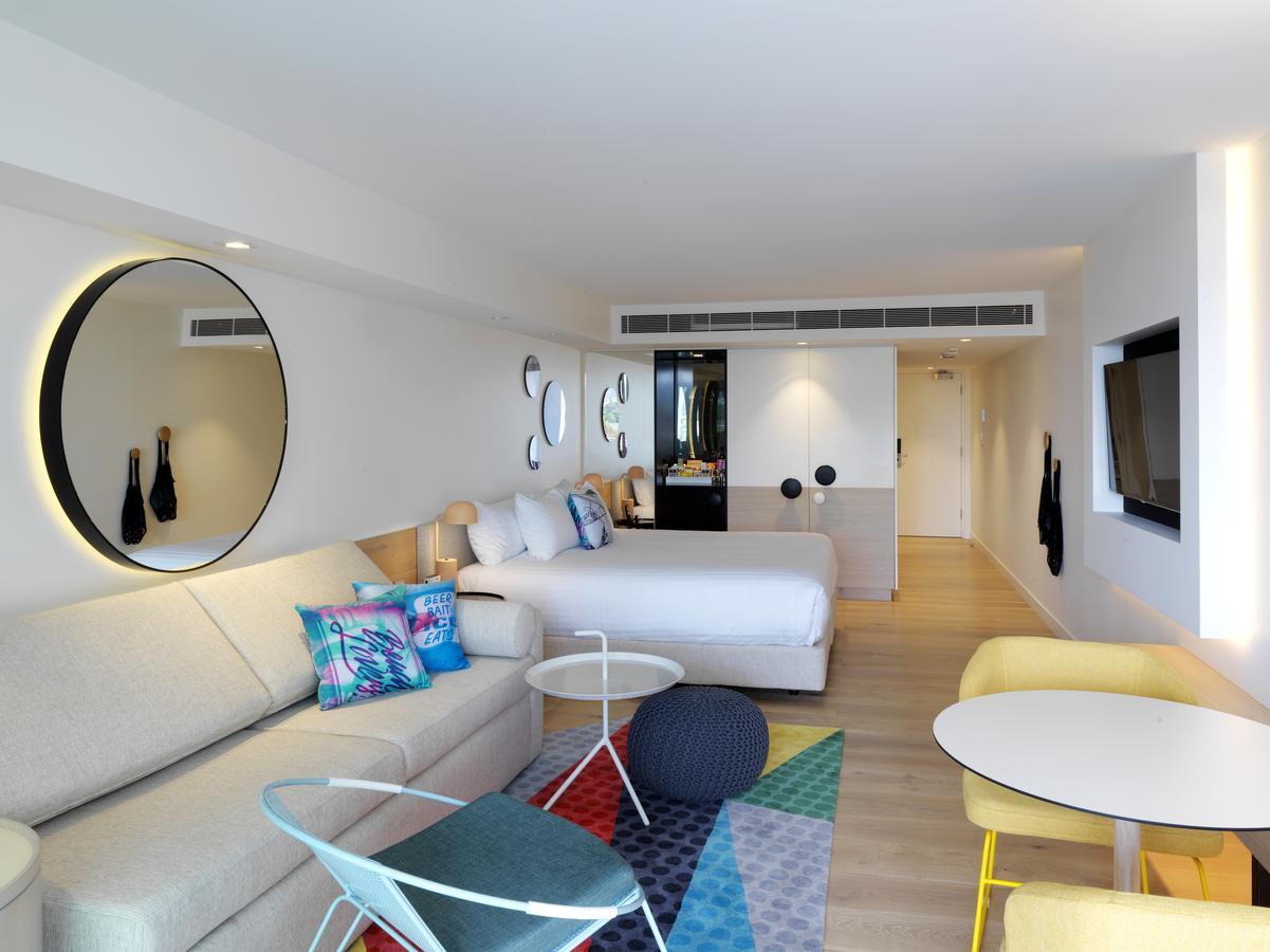 surf hotel in Sydney