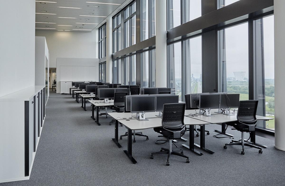 arbejdspladser storrumskontor skriveborde kontorstole