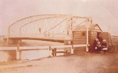 Suspension bridge at Earith