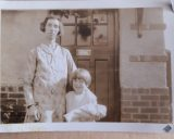 Mrs Sanders & Gladys Sanders outside Rectory Road - adj to Prince of Wales