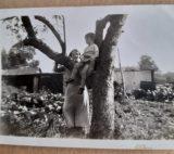 Alice Albon(nee Sanders) & Dennis Albon - in the garden Rectory Road