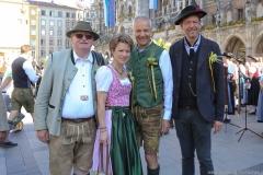 Manfred Newrzella, Irmgard Möller, Dr Michael Möller, Peter Reichert (von li. nach re(, Münchner Brauertag am Odeonsplatz in München am 29.6.2019