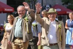 Hans-Peter Rupp und Otto Seidl (re.), Münchner Brauertag am Odeonsplatz in München am 29.6.2019