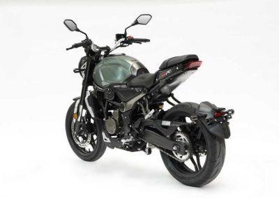 MOTOCICLETA VOGE 300AC COLOR VERDE
