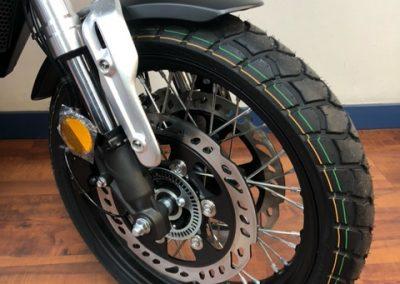 Rueda delantera moto VOGE 300ACX 2021 en Big Bike