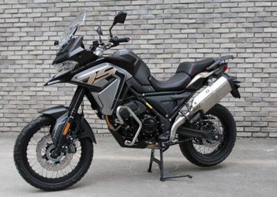 MOTOCICLETA VOGE 650DS NEGRO