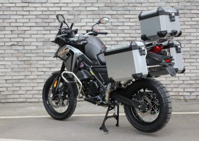 MOTOCICLETA VOGE 650DS CON MALETAS