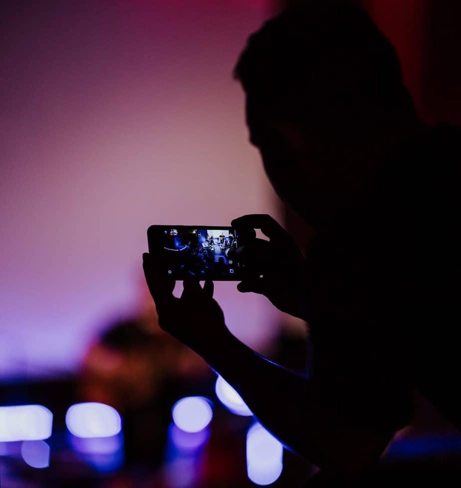 Lav dine egne reklamefilm til sociale medier