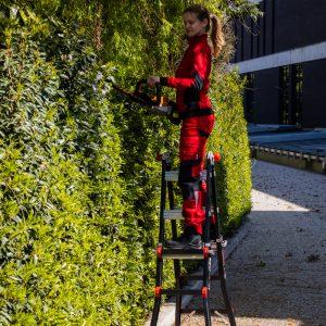 4x3 bigone ladder in tuin zijaanzicht