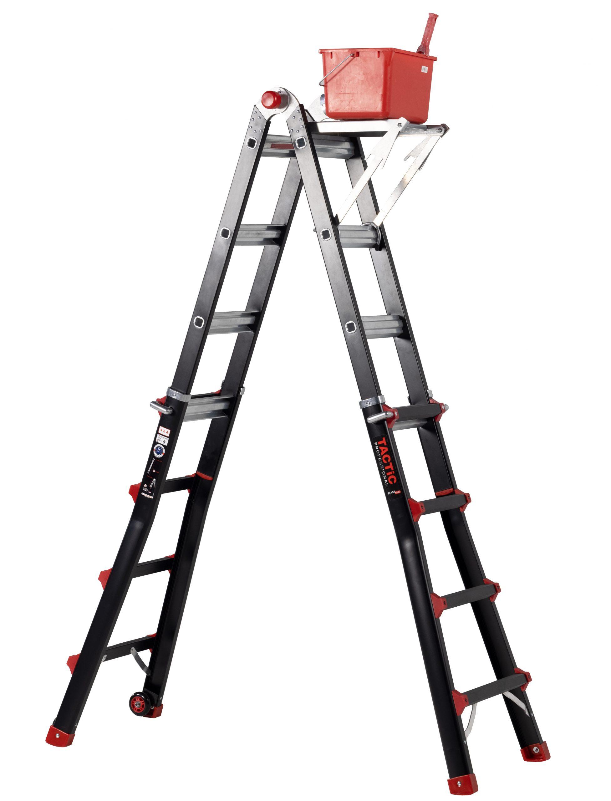4x4 uitgeschoven met ladderbank en emmer